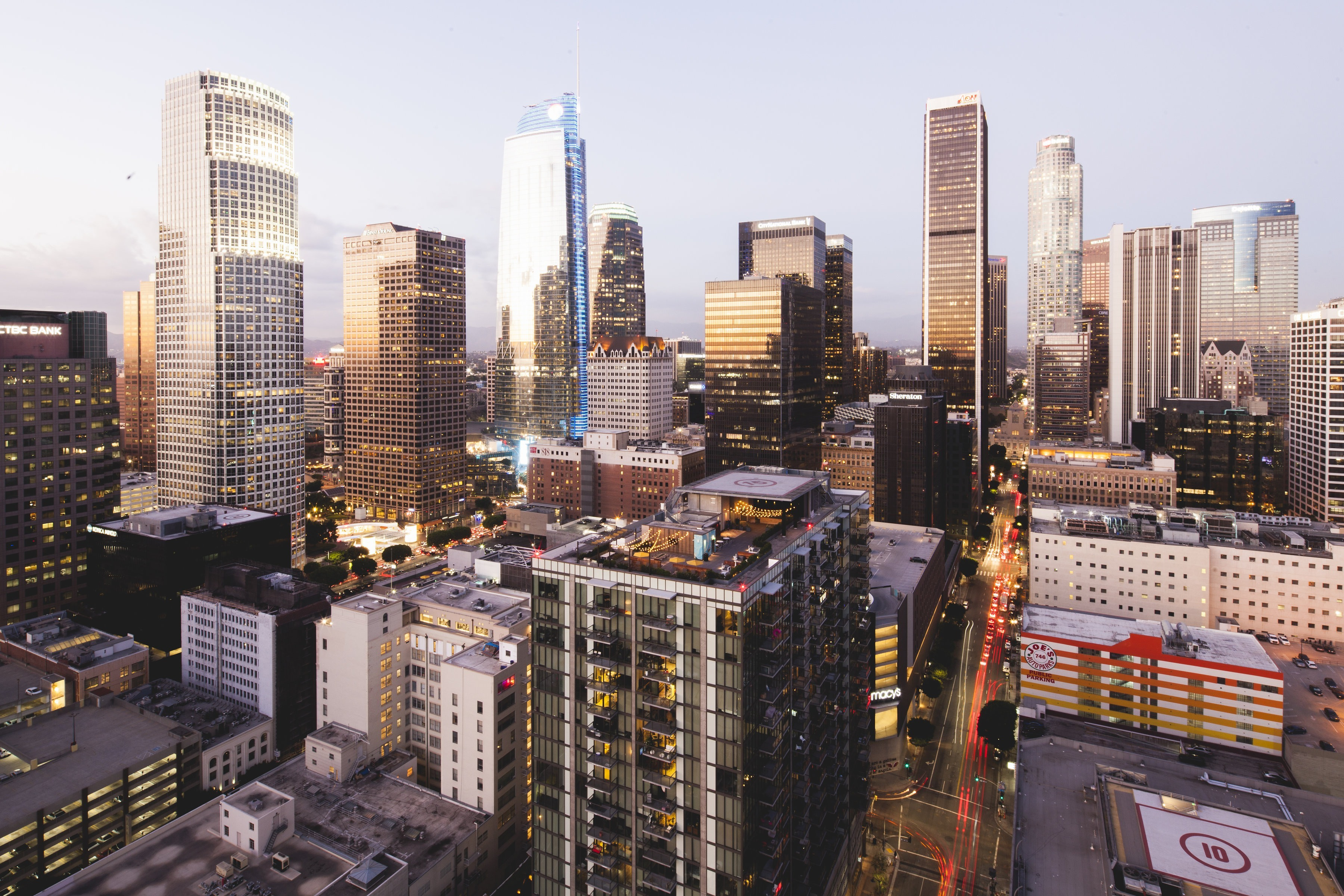 Stunning views in your luxury DTLA apartment residence